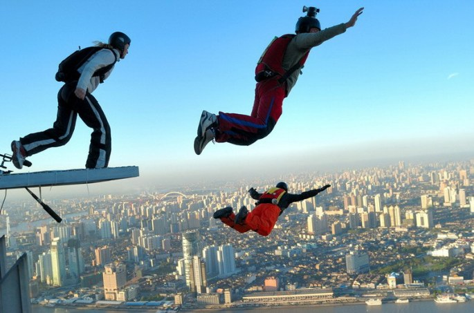 building base jump in shanghai